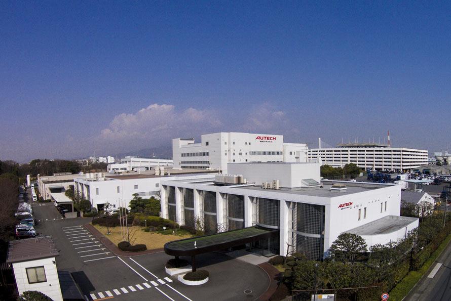 NISMOロードカーの企画・開発を行うニスモ・カーズ事業部は、日産自動車の関連会社であるオーテックジャパン(写真)に置かれている。