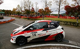 【全日本ラリー】シーズンの集大成として臨んだ最終戦 ミスなく走り切り、2位表彰台を獲得