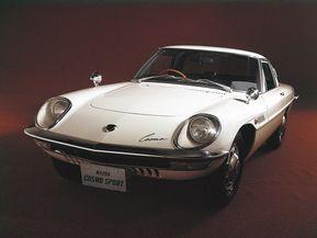 マツダ・コスモ…絶版モデルとなった往年の人気車種