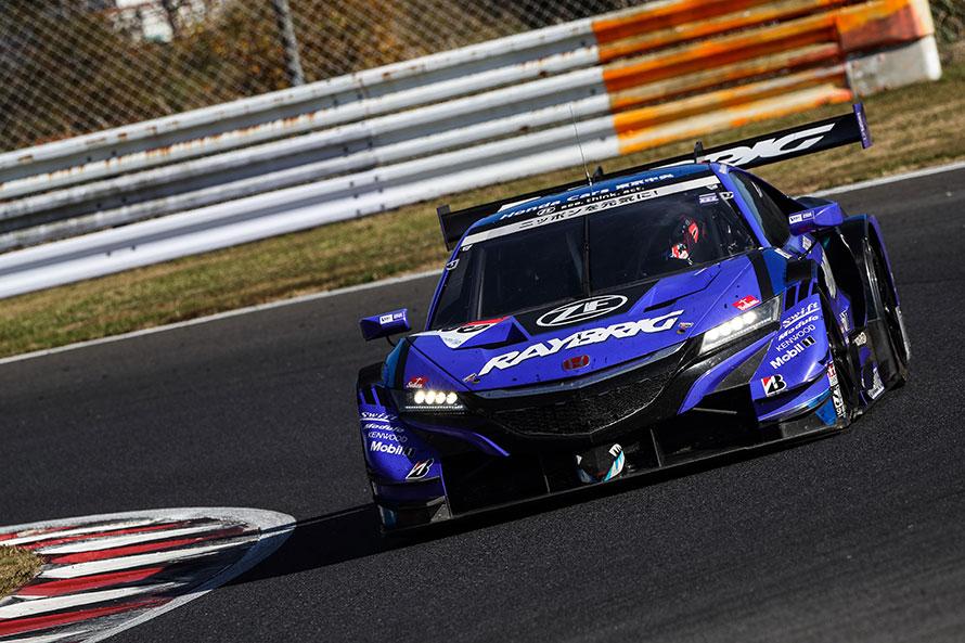 《67ポイント》 100号車 RAYBRIG NSX-GT(山本尚貴/ジェンソン・バトン組)