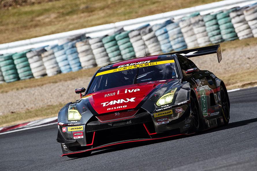 《42ポイント》 11号車 GAINER TANAX GT-R(平中克幸/安田裕信組)