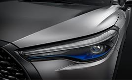 【GAZOO クイズ Q.107】2020年7月にタイで世界初公開された「トヨタ・カローラ クロス」が、「カローラ」シリーズの既存のモデルと異なる点は?