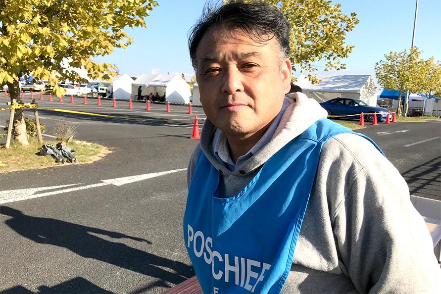 サービスパーク出口での管理を行っていた園田裕康リグループコーディネーター。