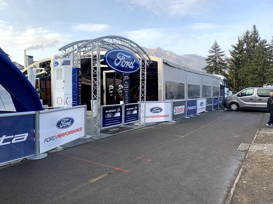 フォードMスポーツのサービス。
