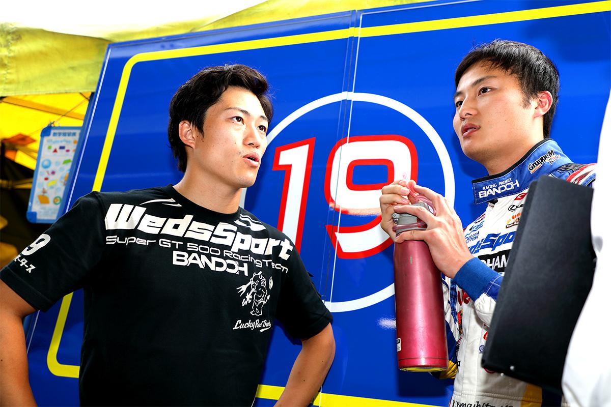 国本 雄資と山下 健太(WedsSport ADVAN LC500 19号車)