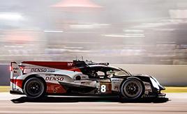 第6戦予選、8号車がコース記録更新でポールポジション
