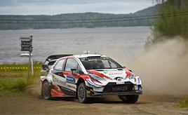 【トヨタ WRC】第9戦2日目、ラトバラが首位に立つ。ミークは総合2位に、タナックは総合4位につける
