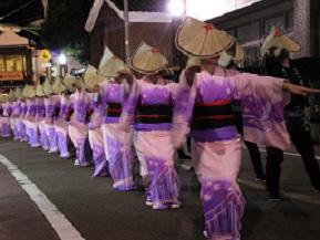 胡弓の音色と優美な踊り「飯田風の盆」を訪ねて 石川県珠洲市
