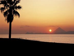本土最南端から夕日スポットまで海沿いをドライブ 鹿児島県錦江町