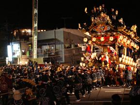 一年をしめくくる、豪華絢爛な秩父夜祭へドライブ 埼玉県秩父市