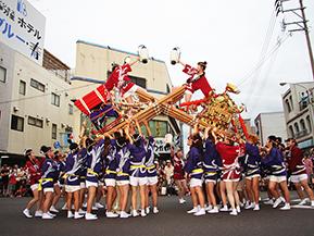 女性が主役の夏祭り!女みこしに沸くどっちゃん祭りへドライブ 佐賀県伊万里市