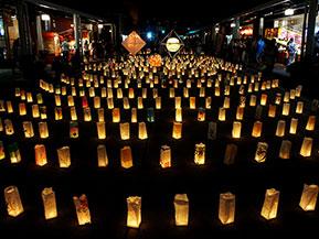 灯篭まつりやハート型の湖へ、夏の信州の夜を楽しむドライブ 長野県飯山市