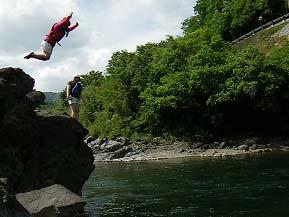 暑い夏こそ川遊び!清流・四万十川へドライブ 高知県四万十町