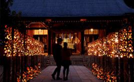 竹灯籠のあたたかな灯りが町を彩る、ほの宵まつりへドライブ 熊本県菊池市