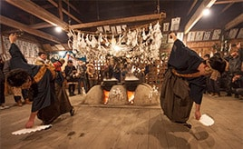年の瀬迫る12月、湯立神楽を伝承する遠山の霜月祭りへドライブ 長野県飯田市
