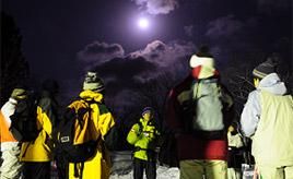 雪のなべくら高原でナイトハイク!スノーイベントを楽しむドライブ 長野県飯山市