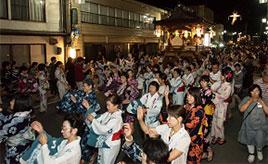 軽快なテンポに合わせみんなで踊ろう!白鳥おどりへドライブ 岐阜県郡上市