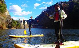 おだやかな湖面のダム湖でSUPを体験!竜神峡へドライブ 茨城県常陸太田市
