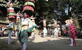 雨乞い神事「花踊り」や廃校の中の小さなカフェへ!のんびりドライブ 京都府南山城村