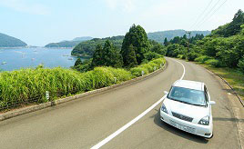 11月末まで通行料が半額!絶景の山頂公園へ至るレインボーラインをドライブ 福井県美浜町