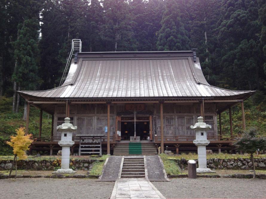 白山信仰の中心地。1万3千石の寺領を持ったほど栄えたという。