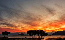 湖面に映える幻想的な夕日!湖北の絶景スポットへドライブ 滋賀県長浜市