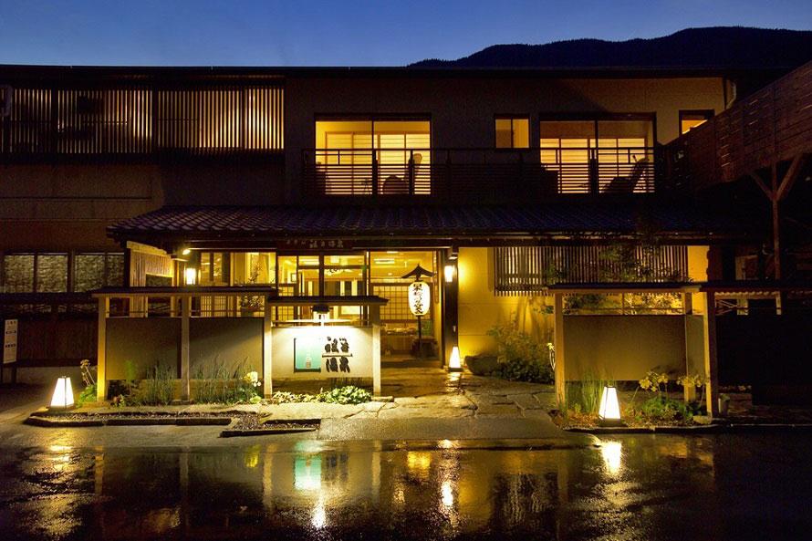 池田町にある「和の宿 ホテル祖谷温泉」は、昭和47年(1972)開業。「日本秘湯を守る会」の会員宿。