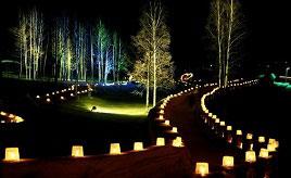 人気のアイスキャンドルの祭典!小さな炎がいくつもゆらめく幻想的な夜を見にいこう 北海道下川町