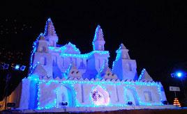 豪雪地帯のイベント・中津川雪祭りや雪見の露天温泉へドライブ 山形県飯豊町