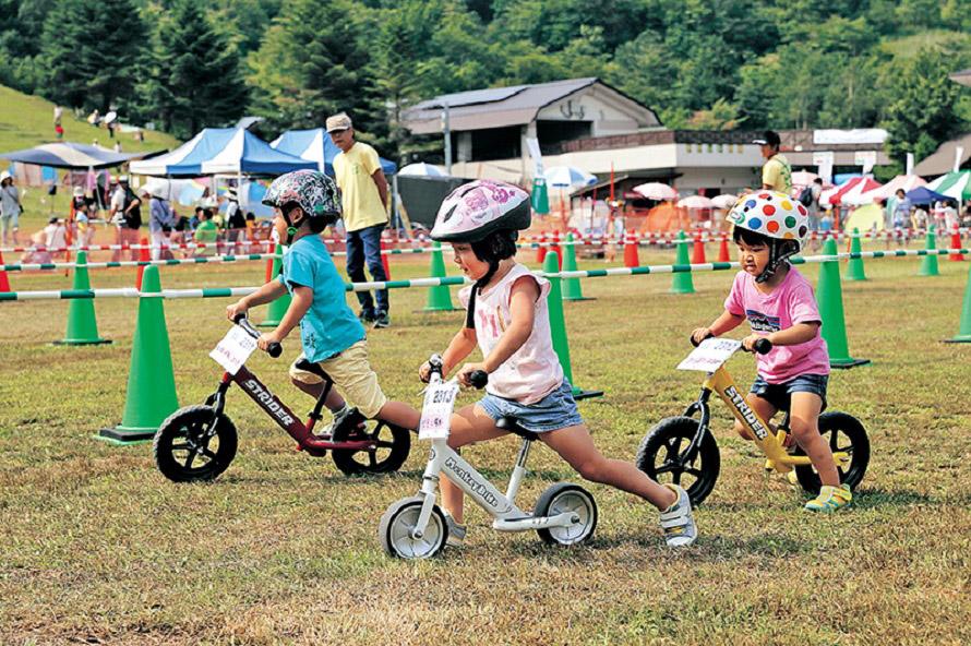 小さな子供が楽しめる体験イベントも。山の日がある8月に、山での時間を満喫!