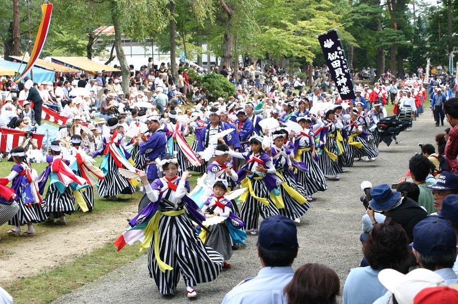 開会セレモニーやパレードは遠野市街の駅前通りのほか、一日市通り、仲町通りなどで行われる。