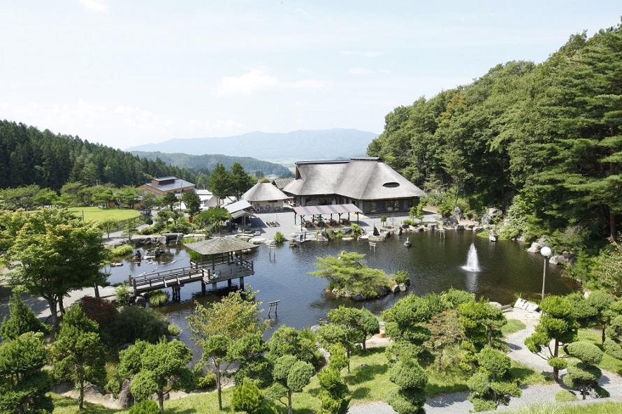遠野の豊かな自然風景やなつかしい暮らしの情景を再現した施設。