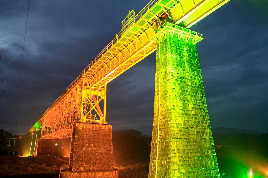 鉄橋のライトアップは連休や山都町のイベント等に合わせて年に数回開催。