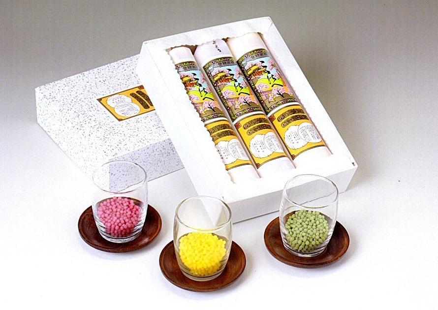 「ここのへ」にはユズのほかにブドウと抹茶がある。ユズ、ブドウは562円、抹茶は648円。