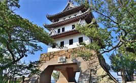 三熊山の上の美しい石垣と天守閣!洲本城跡へドライブ 兵庫県洲本市
