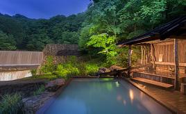 にごり湯の温泉につかろう!秘湯ファン垂涎の乳頭温泉郷へドライブ 秋田県仙北市
