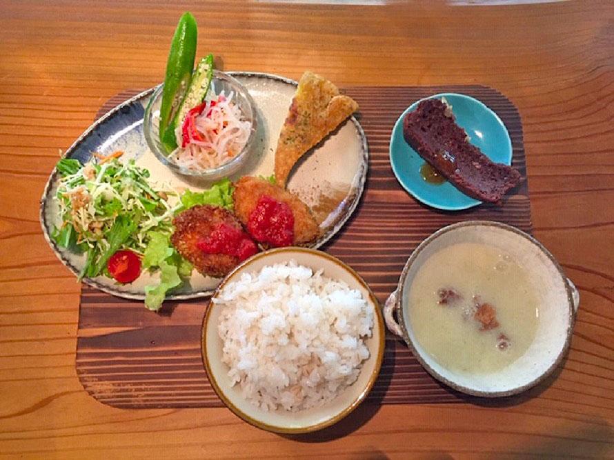 ランチは野菜中心の「アイタルランチ」(写真)と「ドリアランチ」の2種類で、いずれも950円(税込)。