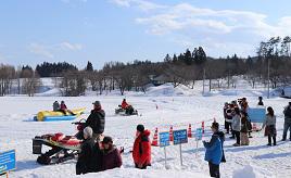 雪いっぱいのスノーパークで遊ぼう!帰りはスロウな時間が流れるブティックホテルへドライブ 山形県飯豊町