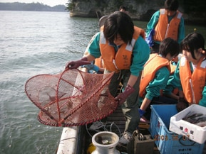 宮城県東松島市 豊かな自然のなかで縄文体験や漁業体験など充実した時間を