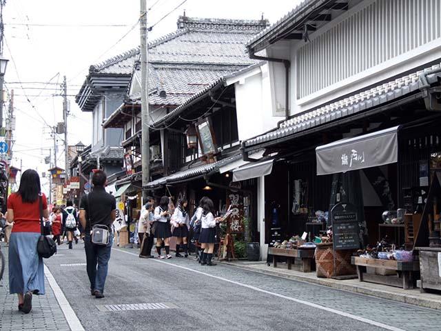 彦根城や黒壁スクエアを駆け抜ける峠ドライブ! 滋賀県長浜市
