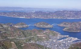 瀬戸内海に浮かぶ7つの離島を巡るドライブルート