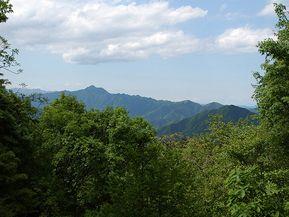 パワースポット「神戸岩」を巡る 東京の秘境檜原村を満喫するドライブルート