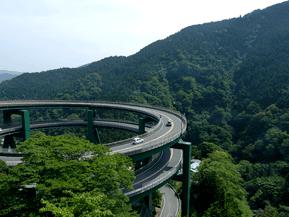 絶景ドライブルート 水音轟く名瀑が点在する天城越えルート 静岡県伊豆市