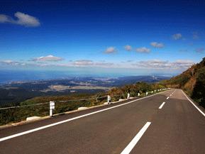 絶景ドライブルート 海抜ゼロから標高約1100mまで一気に駆け上がる 秋田県にかほ市