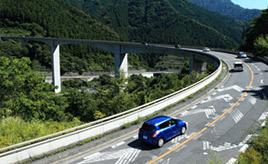 絶景ドライブルート 橋とトンネルで埼玉と山梨を結ぶ山間ルート 埼玉県秩父市