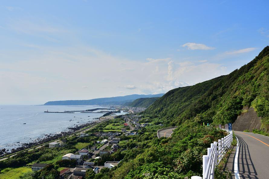 絶景ドライブルート 太平洋一望のつづら折りのある観光道路 ...