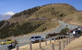 絶景ドライブルート 箱根外輪山西側を走る絶景稜線ルート 静岡県御殿場市