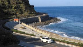 絶景ドライブルート 玄界灘に突き出た半島に沿って走る道 福岡県糸島市