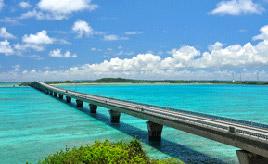 絶景ドライブルート ため息がでるほど美しい海に架かる橋 沖縄県宮古島市