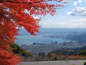 紅葉と琵琶湖、どちらの絶景も堪能!比叡山ドライブウェイを走ろう 滋賀県大津市